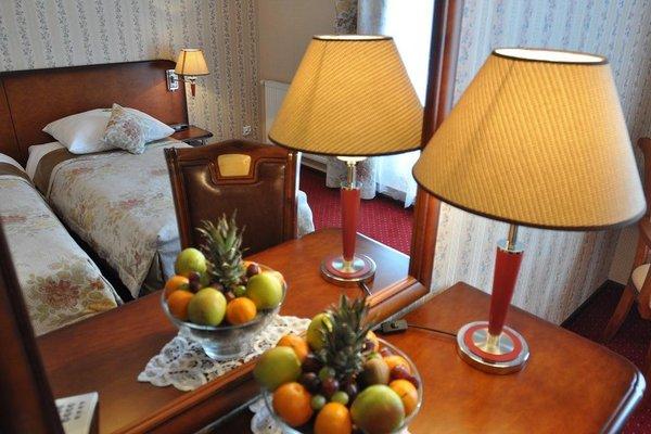 Hotel - Dworek Tryumf - фото 13