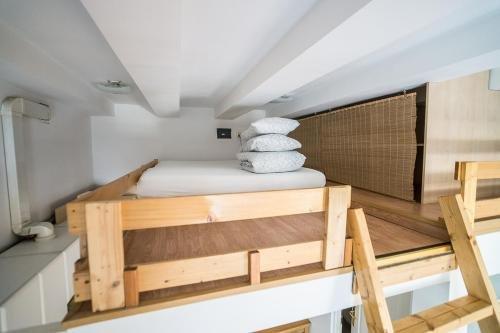Home in Krakow Silvio's Apartments - фото 1