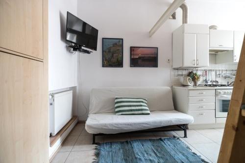 Home in Krakow Silvio's Apartments - фото 6