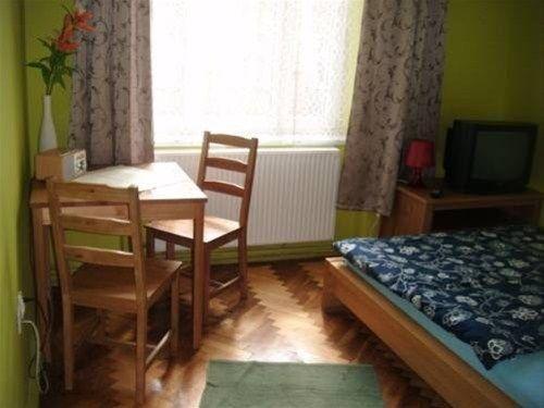 Free Hostel - фото 2