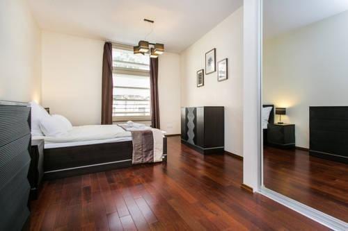 Hamilton Suites - Royal Apartments - фото 7