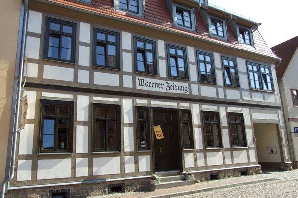 Гостиница «Alte Warener Zeitung», Варен