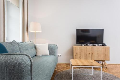 Barbican House Apartments - фото 7