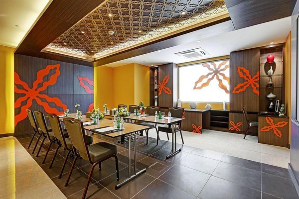 Abidos Hotel Apartment Dubai Land - фото 18