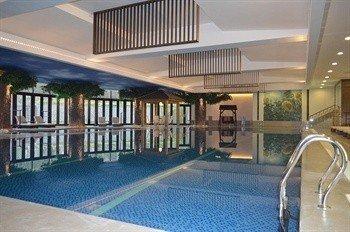 Xinyi Qixiu Hotel - фото 2