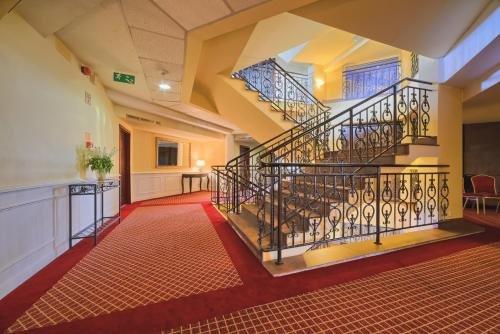 Hotel Grand - фото 17