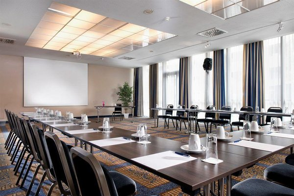 Wyndham Grand Salzburg Conference Centre - фото 13