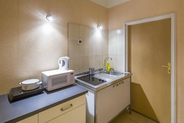 Central Guest Rooms - фото 12