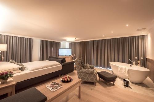 Hotel Gasthof Mostwastl - фото 2