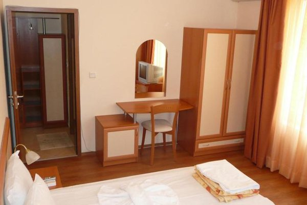 Hotel Megas - фото 2