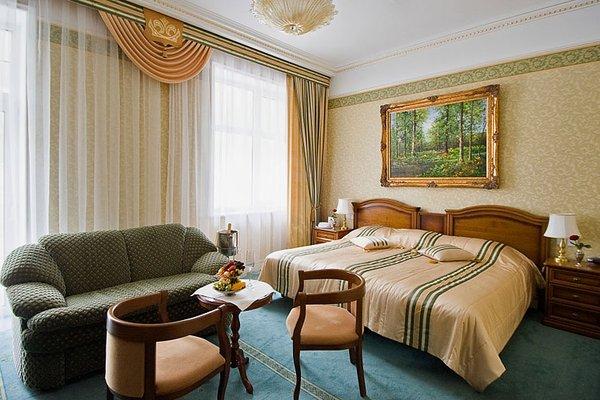 Отель Гранд Палас - фото 1