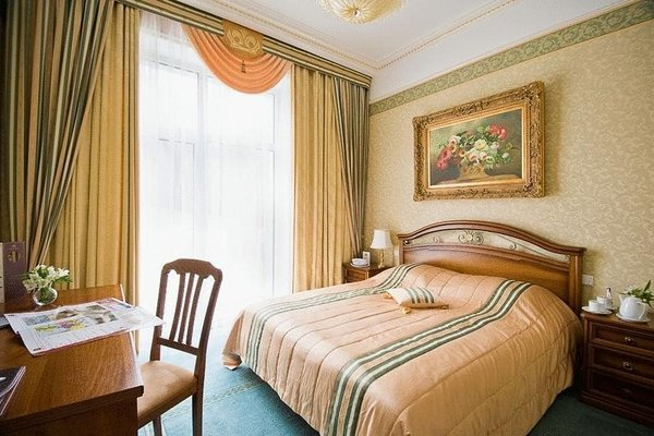Отель Гранд Палас - фото 2