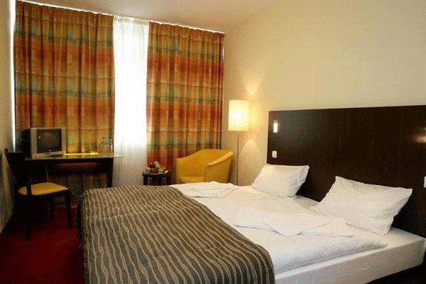 Отель  Раушен - фото 1