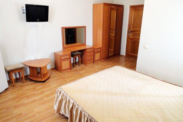 У Заполярья отель - фото 9
