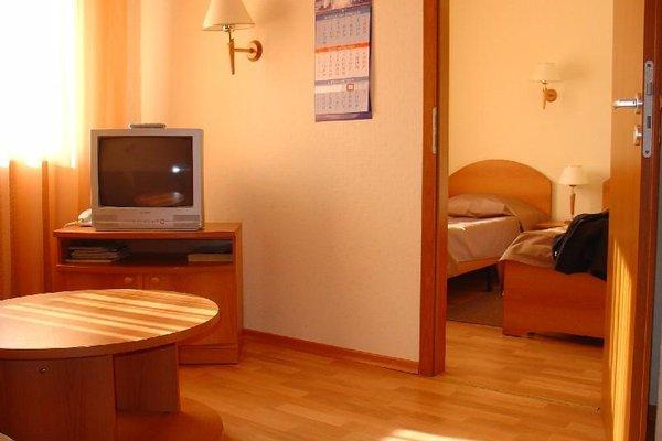 Гостиница Невская - фото 1