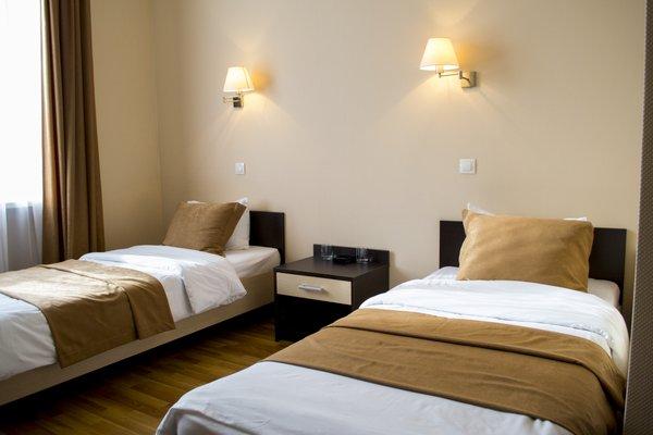 Отель Корона - фото 2