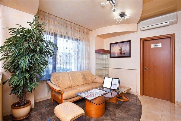 Отель Юг - фото 10