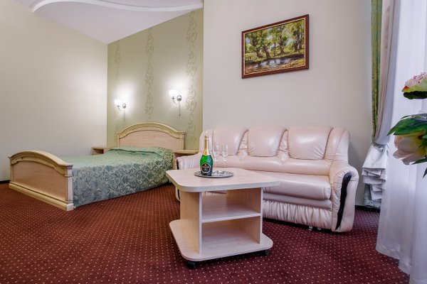 Отель Crystal - фото 8