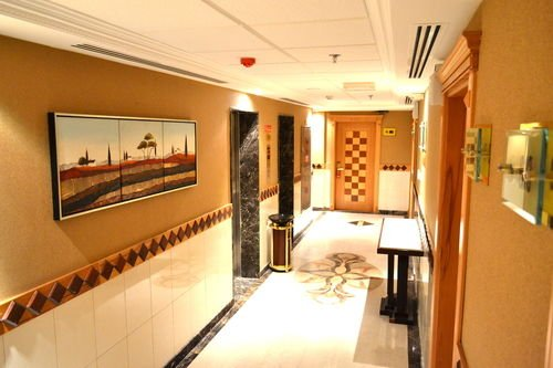 Crystal Plaza Hotel - фото 10