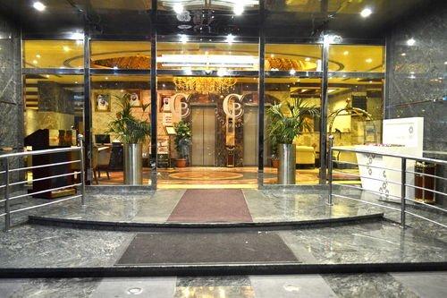 Crystal Plaza Hotel - фото 11