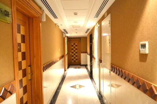 Crystal Plaza Hotel - фото 12