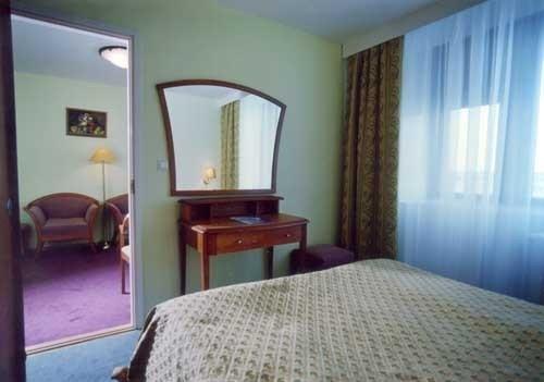 Гостиница Cronwell Inn Югра - фото 3