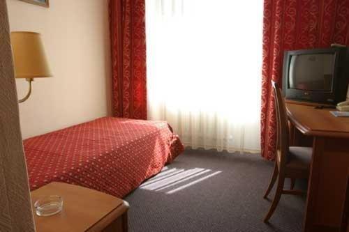 Гостиница Cronwell Inn Югра - фото 9