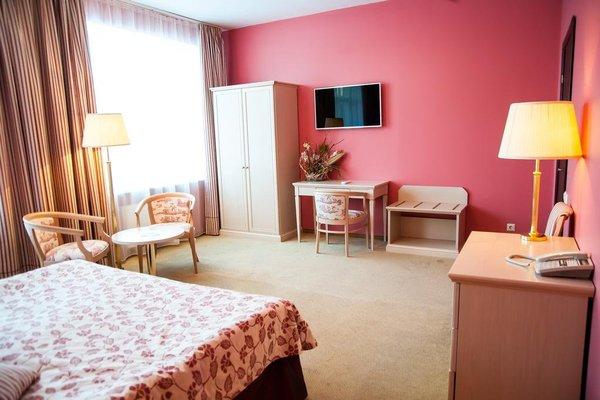 Загородный Отель Анива - фото 1