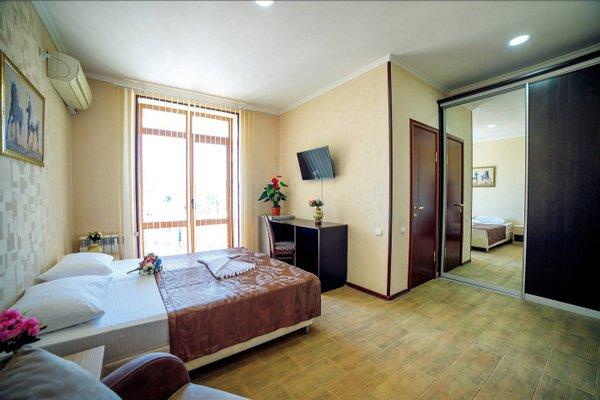 Версаль Отель - фото 2