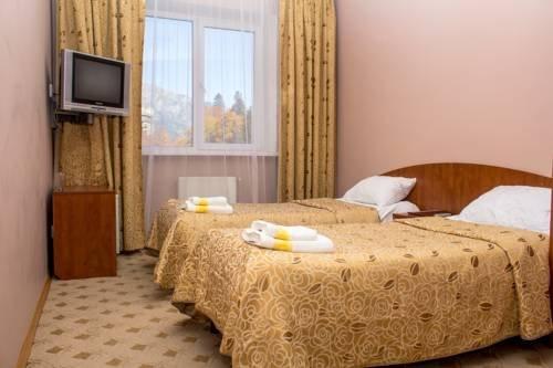 Отель Снежный Барс Домбай - фото 1