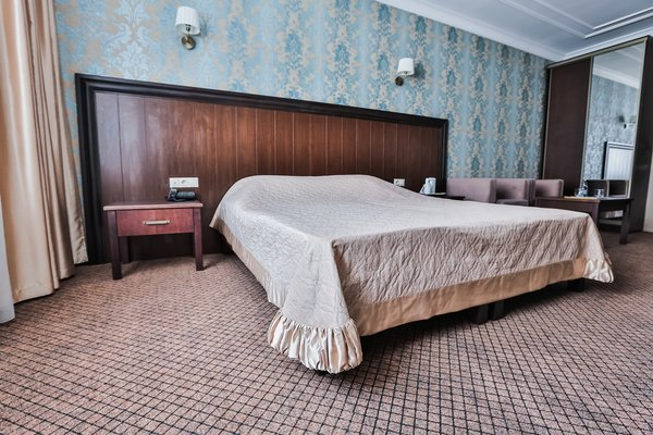 Милан Отель - фото 2