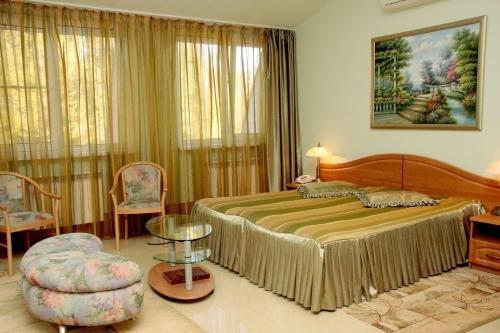 Отель Старый Замок - фото 3