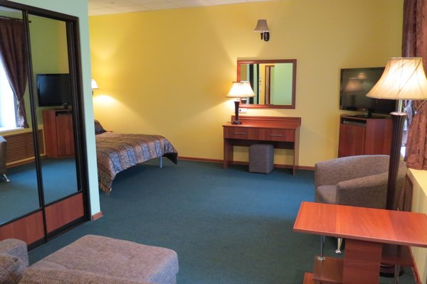 Эсмеральд-Отель - фото 2