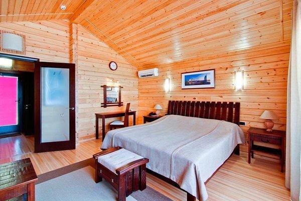 Отель Золотая Бухта - фото 1