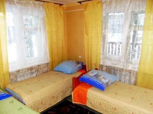 Golubiye Yeli Hotel, Шелехов