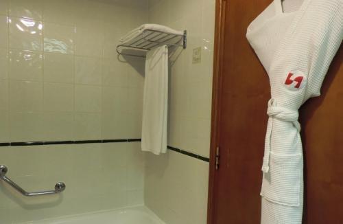 Swiss-Belhotel Sharjah - фото 9