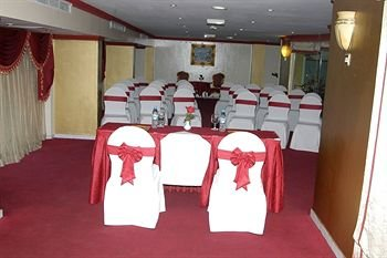 Al Maha Regency Hotel Suites - фото 17