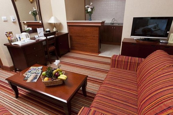 Rayan Hotel Sharjah - фото 5