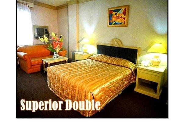 Orange Grove Hotel, Давао