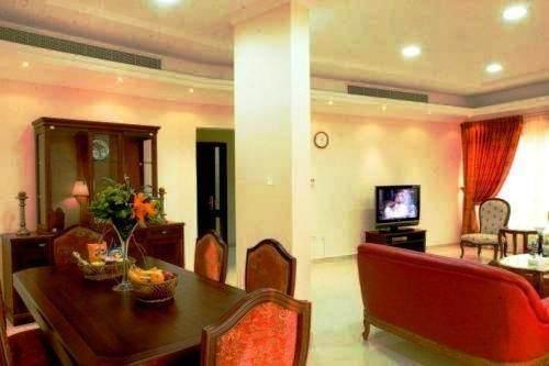 Emirates Stars Hotel Apartments Sharjah - фото 19