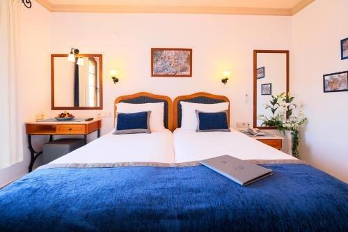 Hadrian Hotel - фото 2