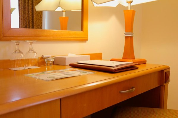 Sharjah Premiere Hotel & Resort - фото 13