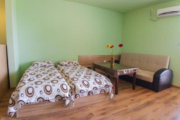 TEIS Apartments - фото 1