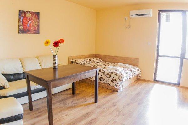 TEIS Apartments - фото 3