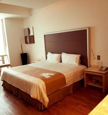 Hotel Aspen - фото 2