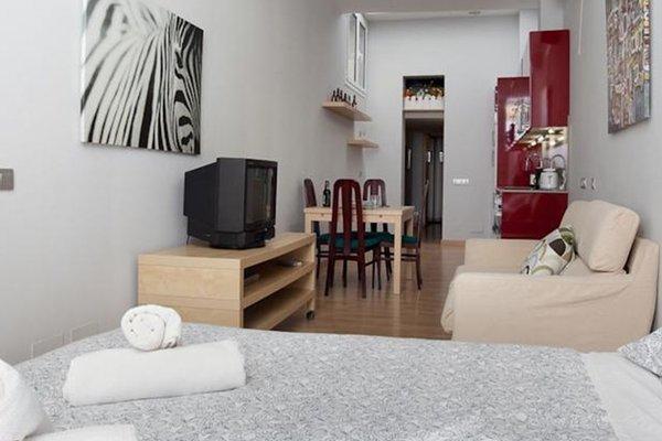 Ghat Apartments Sagrada Familia - фото 9