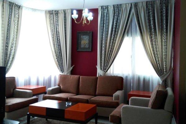 Royal Crown Suites - фото 5