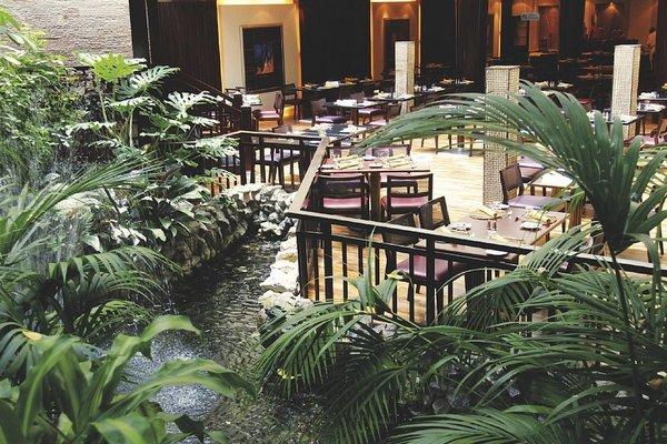 Radisson Blu Resort, Sharjah - фото 19