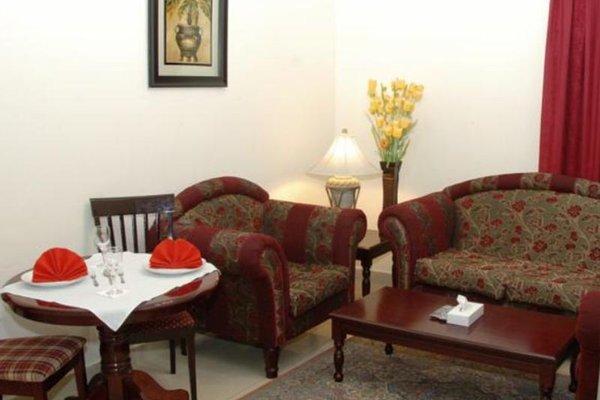 Al Reem Hotel Apartments - фото 12
