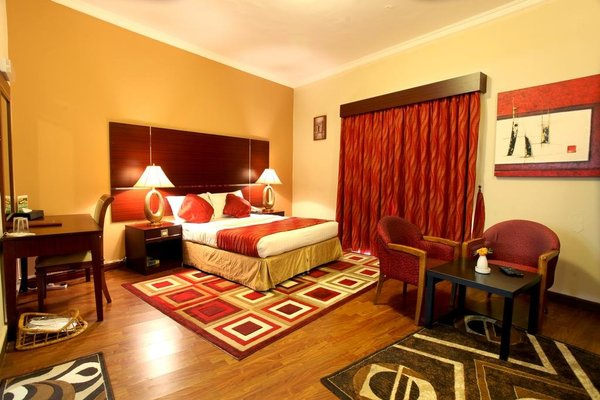 Гостиница «CHAMPS ELYSEES», Дубаи
